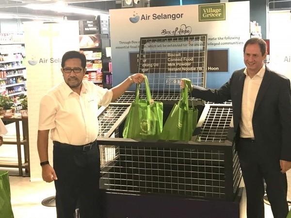 Village Grocer joins Air Selangor #Sesamamara CSR Programme