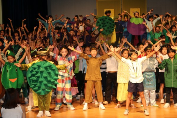 "The Story of ""Prince Durian"" by GIS Primary students acting in Bahasa Malaysia"